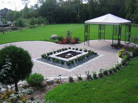 landscaping ideas for big backyards triyae large backyard landscaping ideas pictures