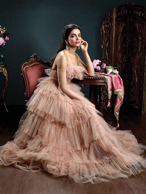 Royal Looks by Photos Deepika Padukone Looks Every Bit Royal And