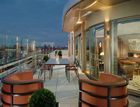 penthouse terrace 45 park lane the dorchester s younger sister lights up