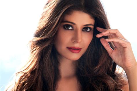 actress usa bollywood actress pooja batra launches radio channel in