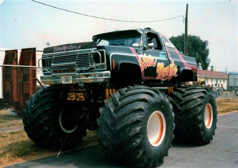 old monster truck videos vintage monster truck show videos