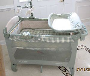 Graco Pack And Play With Changing Table Graco Pack N Play 389la Bassinet Changing Station Portable Playard