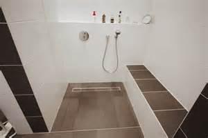 barrierefrei dusche fishzero dusche barrierefrei fliesen verschiedene