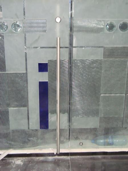 foto jaladera tipo   cerradura de city glass