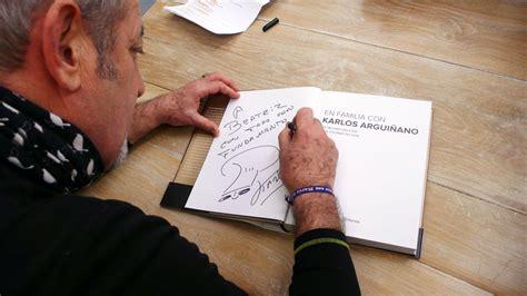 en familia con karlos 8408133667 karlos argui 241 ano firma los libros de los ganadores del sorteo 1 mill 243 n de fans foto 4 en