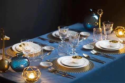 allestimento tavola di natale tavola di natale in azzurro fotogallery donnaclick