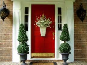 Front Door Decorating Ideas Front Door Decoration To Welcome Guests