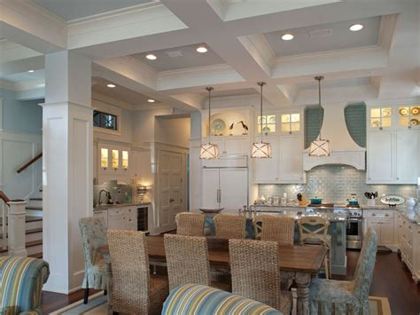 southern coastal home home bunch interior