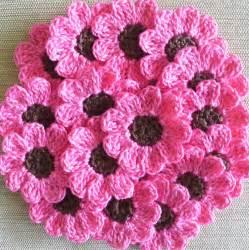 pink crochet flowers daisies 16 small handmade appliques
