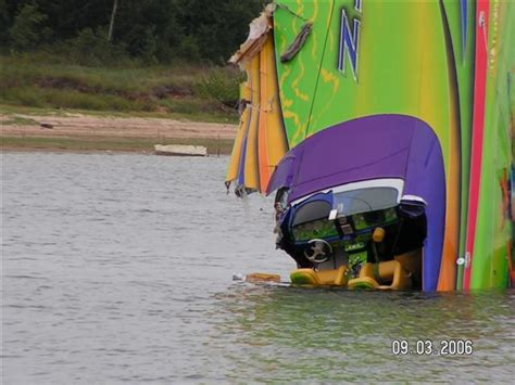 cigarette boat wreck lake texoma accident page 47 offshoreonly