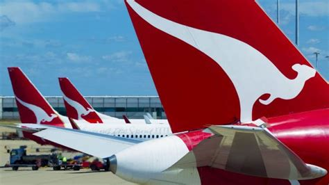 airbnb qantas qantas and airbnb join forces to reward frequent flyers