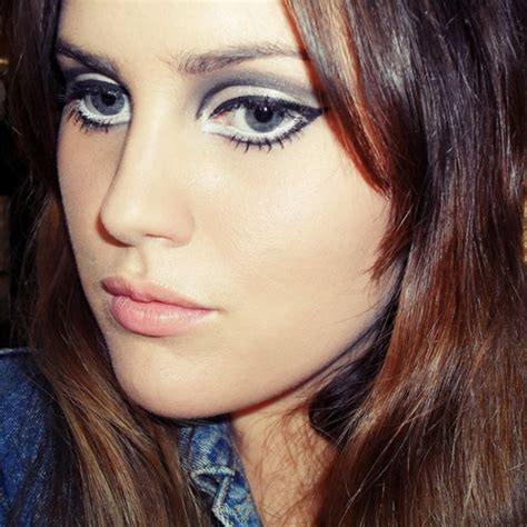 hooded eyes design 60s makeup hooded eyes google search makeup