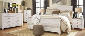 willowton whitewash sleigh bedroom set b267 74 77 96