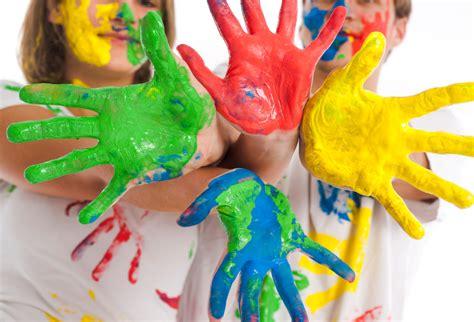 Farben Zum Der Schlafzimmermöbel Zu Malen by Kinderzimmer Wandbemalung Mit Kindern Style Your Castle