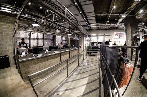 discover   adidas store   avenue