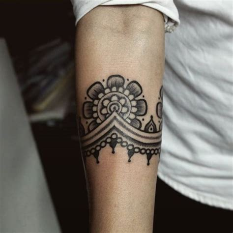 tribal arm tattoos meanings armband tattoos designs ideas and meaning tattoos for you