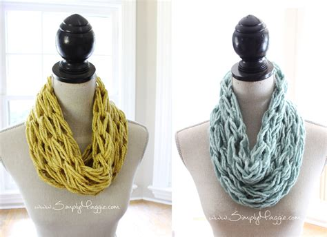 how to knit an infinity scarf how to arm knit a single wrap infinity scarf in 20 minutes