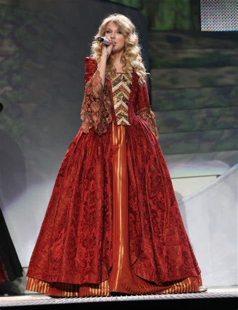 Töff Tour by What Is Your Favourite The Most Iconic Tour Outfit