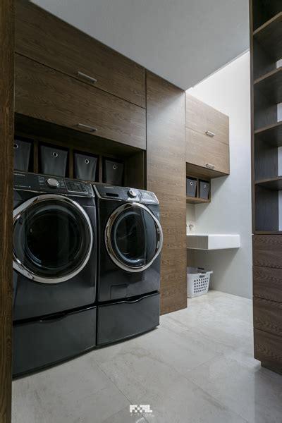 foto cuarto de lavado de  arquitectura
