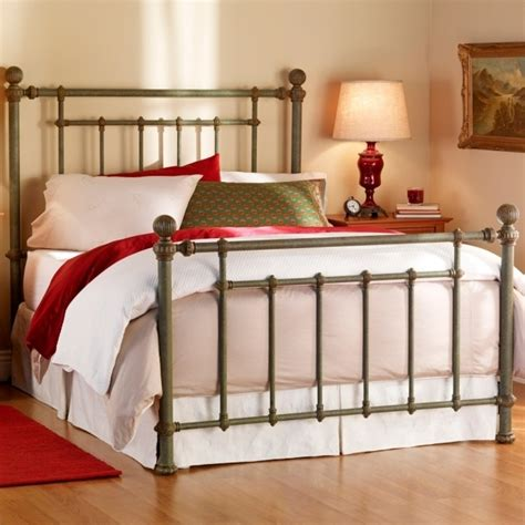 Black Wrought Iron Bed Frames Rustic Metal Bed Frames Bedroom Black Wrought Iron Bed Frame Ideas Mixed Brown L Shade And