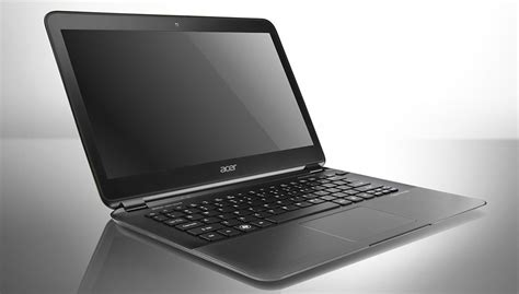 world s thinnest laptop ultrabook notebook pc 15 minutes of fame for the acer aspire s5
