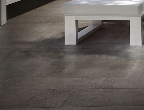 pavimenti per interni gres porcellanato effetto legno gres porcellanato effetto legno scuro per interni rovere