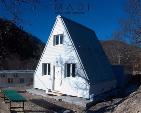 earthquake house architects created a foldable house that can withstand