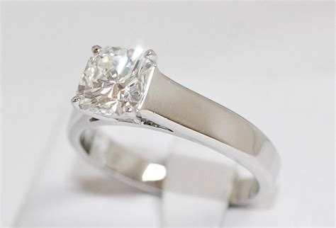 The Best Place to Sell Diamond Jewelry for Cash in Baton Rouge