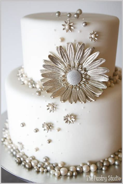 Wedding Cakes With Pearls by Jaw Droppingly Beautiful Wedding Cake Inspiration Pearl