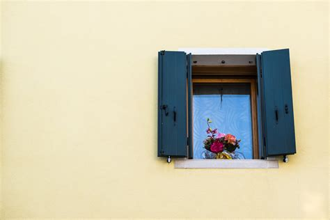 il balcone fiorito il balcone fiorito juzaphoto