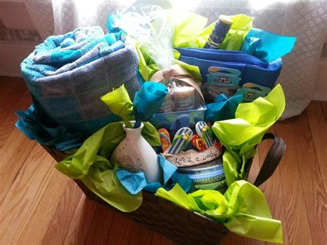 themed gift baskets ideas beach themed gift basket contains a beach bag cooler tote