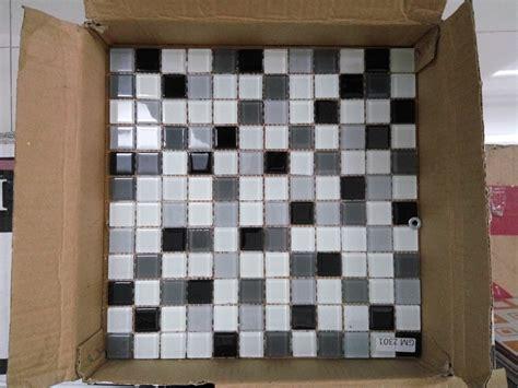 Mozaik Dinding Dapur jual keramik mozaik dinding 4 warna rajawali keramik
