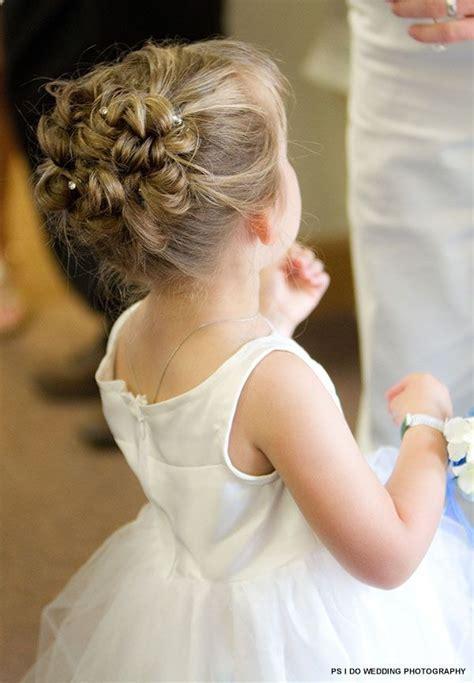 38 Super Cute Little Girl Hairstyles for Wedding   Deer