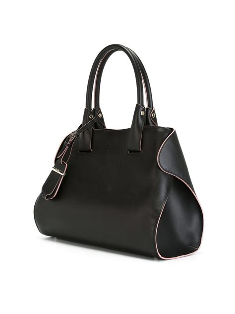 Tods Shopping Tote New Hitam lyst tod s cape tote in black
