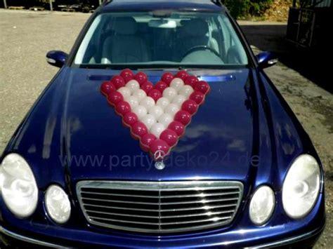 Auto Hochzeit by Hochzeitsauto Dekorieren Autoschmuck F 252 R Das Brautauto