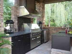 Outdoor Kitchen Cabinet by Outdoor Kitchen Showcase Gallery Outdoor Kitchen Cabinets