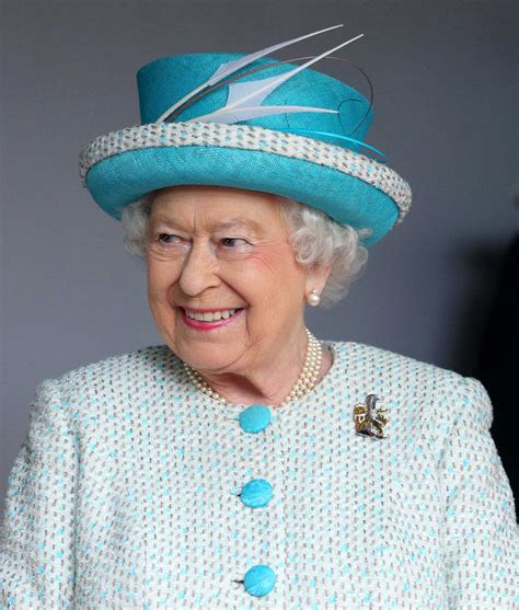 queen elizabeth 2 queen elizabeth here s how she gets paid time