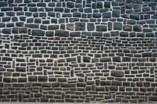 house wall file basalt house wall matraszentistvan hungary jpg wikimedia commons