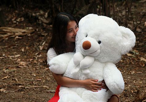 Boneka Beruang White Teddy masha and the tulisan lucu holidays oo