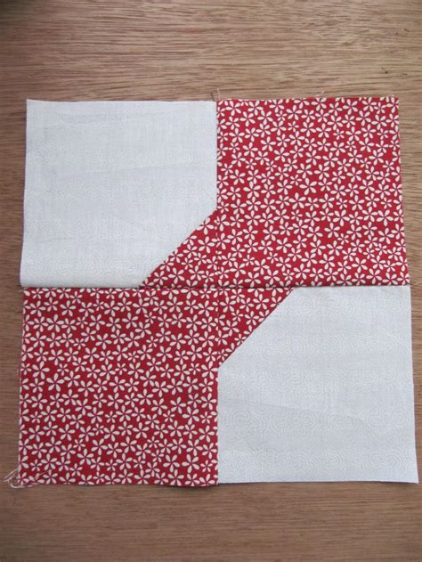 Bow Tie Quilt Pattern History by Basic Bow Tie Quilt Block Favequilts
