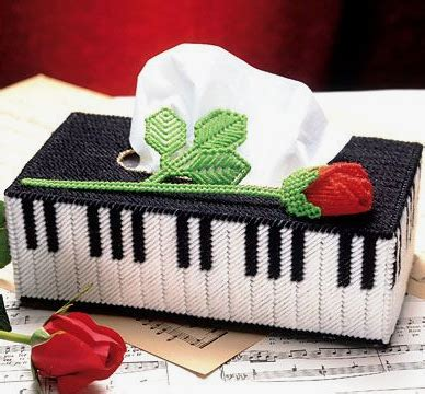 Tas Ransel Just Do It 02 sweet nothings crochet piano inspired tissue box cover