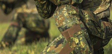 Stiker Camo Camouflage 275 the striker xt combat are now also available in flecktarn dp uf pro 174