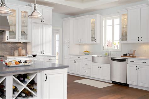 white painted kitchen cabinets sierra vista cabinets specs features timberlake cabinetry