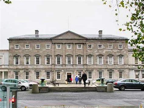 siege du parlement l histoire de l irlande