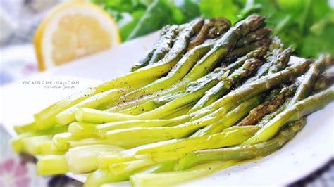 come pulire e cucinare gli asparagi asparagi al vapore come pulire e cucinare gli asparagi