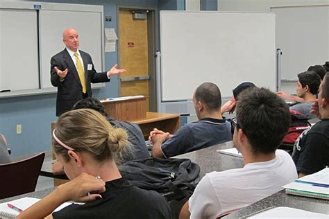 Csun Mba by Business Leaders Transform Into Csun Professors For A
