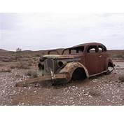 Rusted Car Strezlecki Trackjpg  Wikimedia Commons