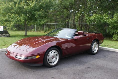 1993 CHEVROLET CORVETTE 2 DOOR CONVERTIBLE   89003