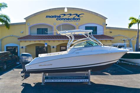 used wellcraft bay boats for sale used 2006 wellcraft 232 coastal walkaround boat for sale