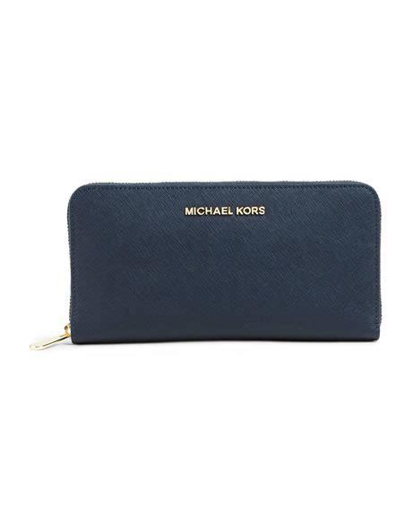 Michael Kors Travel Wallet Navy michael michael kors jet set travel continental wallet 32s4gtve7l navy michael kors